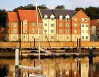 Whitby Accommodation - The Moorings Luxury Apartment